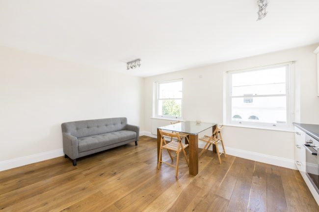 5, 16 Monmouth Road Lo-5