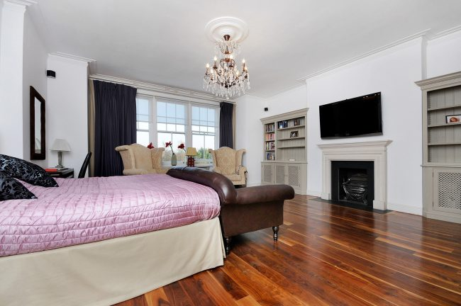 RHWILFORDS - 7 CHEYNE PLACE, SW3 - BEDROOM 1