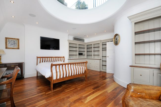 RHWILFORDS - 7 CHEYNE PLACE, SW3 - BEDROOM 6