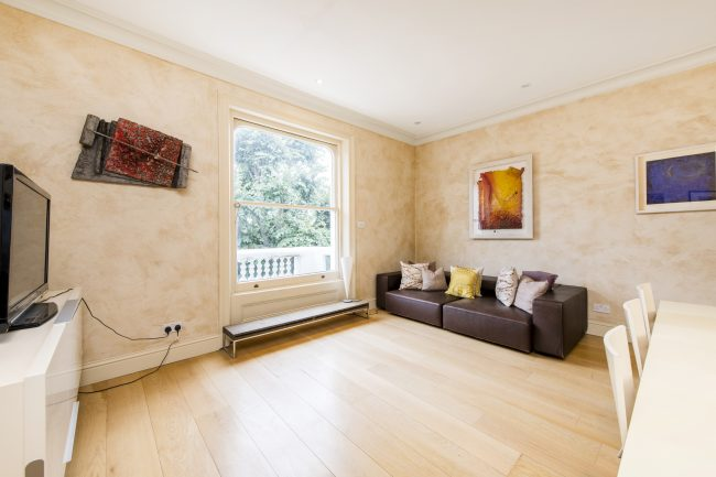Flat 7, 75 Holland Park Lo-3