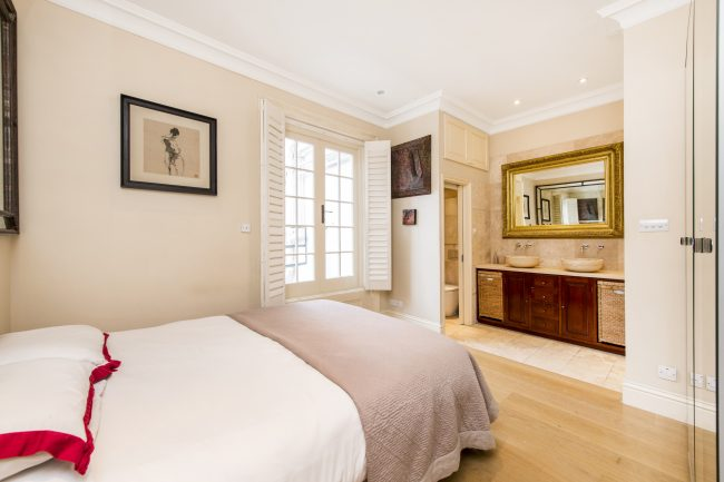 Flat 7, 75 Holland Park Lo-9