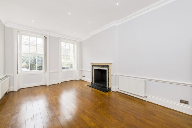 4 Connaught Square Lo-1