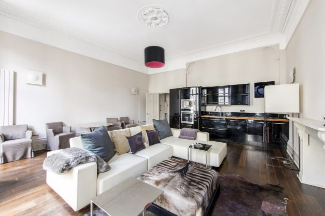 5, 9 Strathearn Place Lo-5