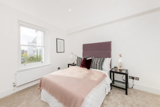 Flat 3, 125 Westbourne Grove Lo-12