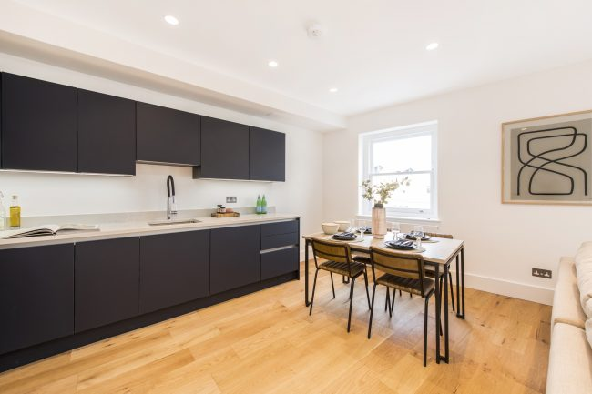 Flat 3, 125 Westbourne Grove Lo-8
