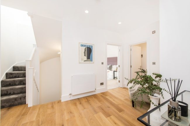 Flat 3, 125 Westbourne Grove Lo-9